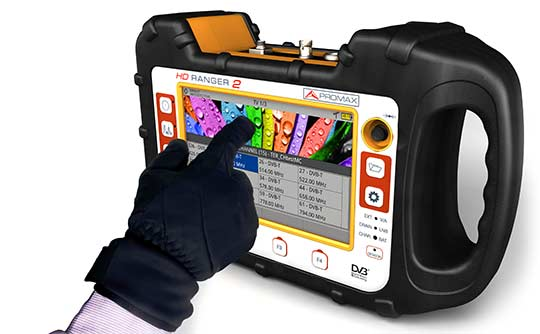 The touch screen of the field strength meter model RANGER Neo 2 can be used wearing gloves
