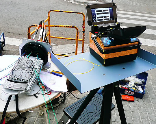 Optical fibre fusion splicer model PROLITE-41 for field work